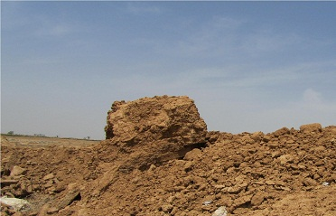بقایای آثارتاریخی، باقدمتی قبل ازصفویه در شاپورآباد تخریب شد+ تصاویر