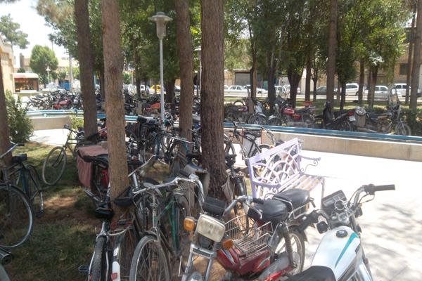 احداث پارکینگ عمومی در کل شهرستان ضرورتی فراموش شده است +تصاویر