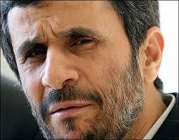 احمدینژاد: اگر قرار باشد کسی نقدی انجام دهد آن شخص من هستم