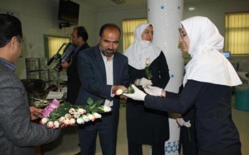 مراسم تقدیر از پرستاران مرکز دیالیز آیت الله ناصری برگزار شد +تصاویر