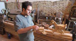 صنعت بازار چوب در دستان برادران دستگردی / با خلاقیت و اعتماد به نفس به جنگ کشور چین رفتیم