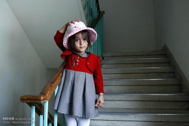 دختری که میخواست کلاه رهبر انقلاب را بردارد
