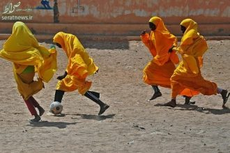 Somali school girls play football during lunch break at the Howlwadag Primary School in Howlwadag District, south of Mogadishu, on October, 5, 2016.  / AFP / MOHAMED ABDIWAHAB        (Photo credit should read MOHAMED ABDIWAHAB/AFP/Getty Images)