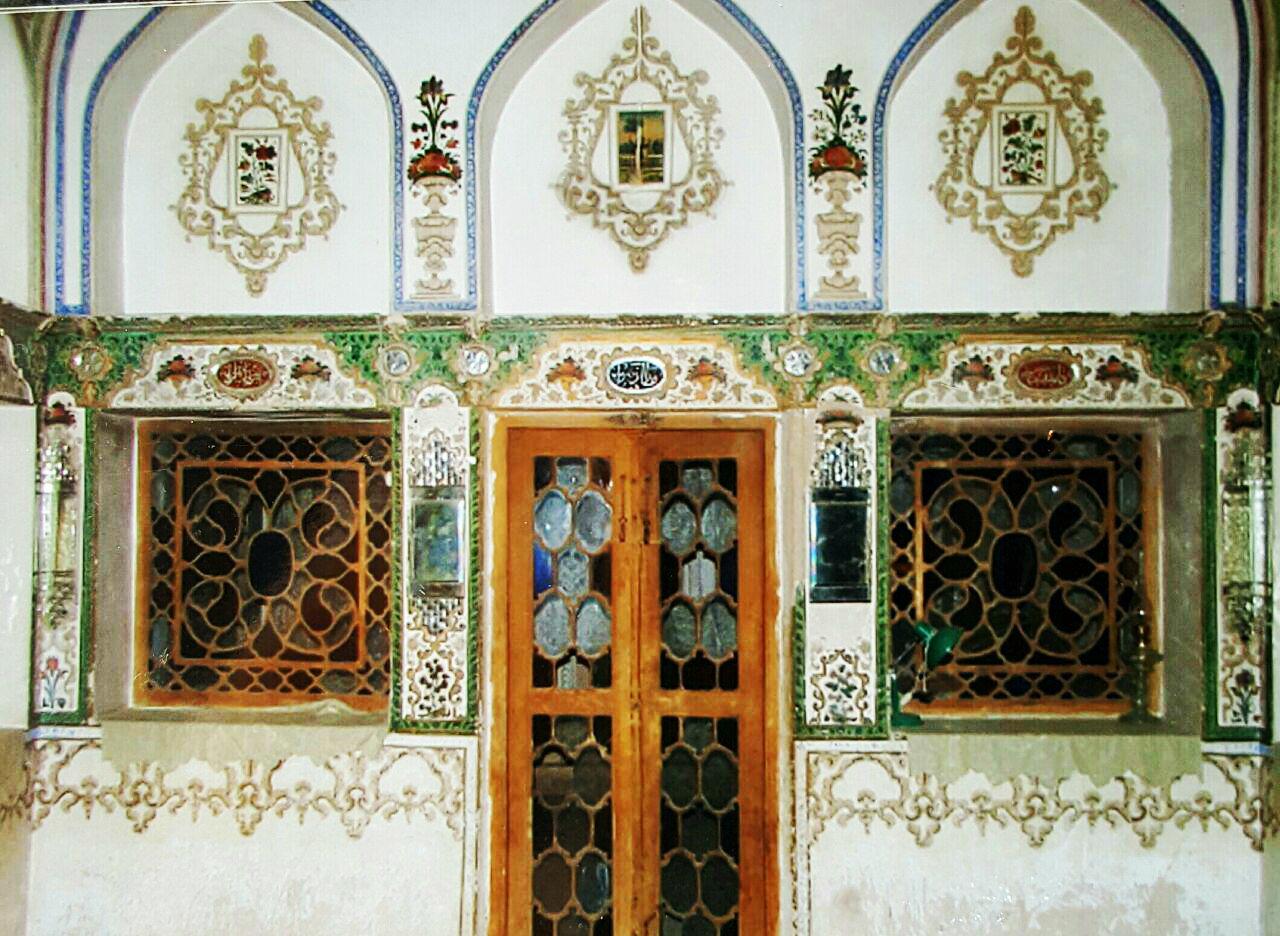 سایه شوم تخریب بر سر خانه 400 ساله برومند در شهر خورزوق