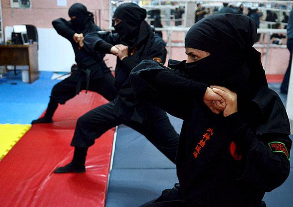افتخاری از دختران رزمی کار برخوار در مسابقات کشوری استان تهران