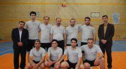 کسب عنوان برتر آموزشگاه ادیب حبیب آباد در مسابقات والیبال فرهنگیان شهرستان/ تصاویر