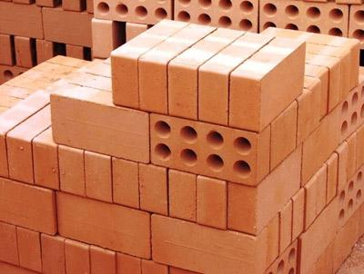 رتبه نخست بُرخوار در تولید محصولات آجر در استان