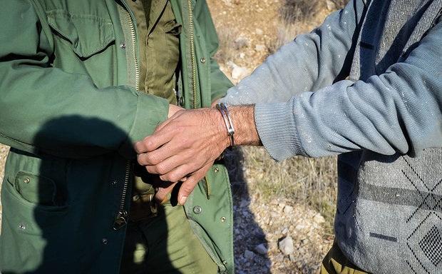 دو متخلف محیط زیست در برخوار دستگیر شدند
