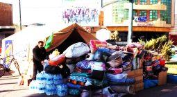 سیل کمکهای مردمی برخوار به زلزله زدگان همچنان ادامه دارد/تصاویر