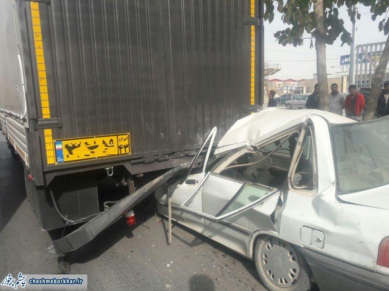 تصادف مرگبار در جاده منطقه صنعتی دولت آباد/تصاویر