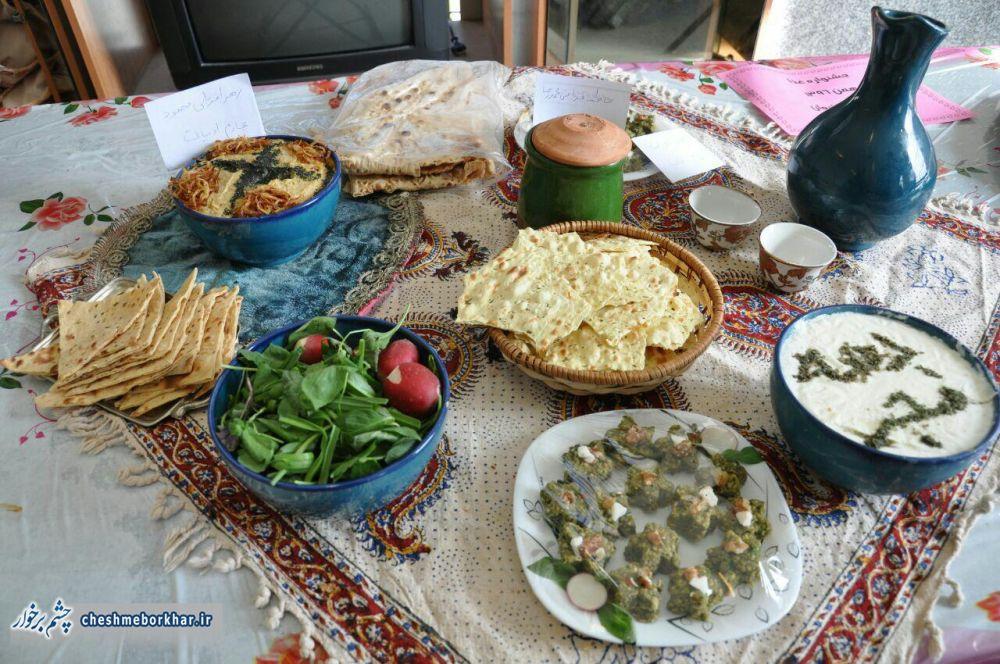 جشنواره غذاهای سنتی و شیرینی جات شهر سین در قاب تصویر