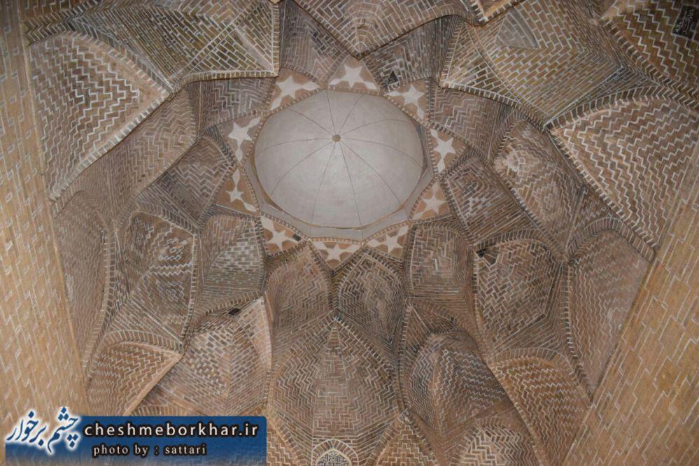 روایت دوربین چشم برخوار از آثار باستانی شهر سین برخوار