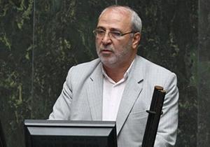 برای جلوگیری از ورود کالاهای خارجی قاچاق باید از کالاهای ایرانی حمایت کرد