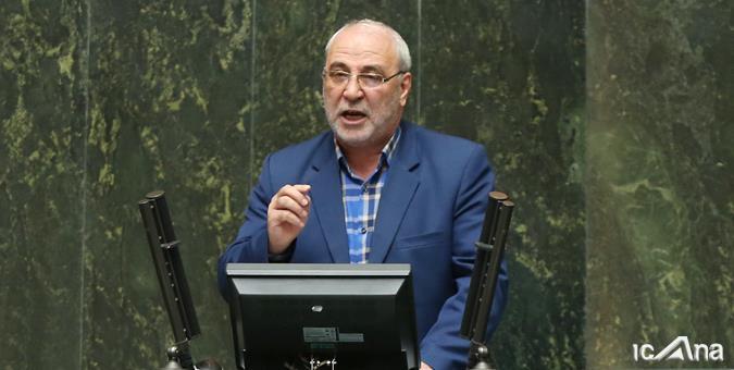 حاجی دلیگانی: دولت سر مجلس و سیل زدگان کلاه گذاشت!
