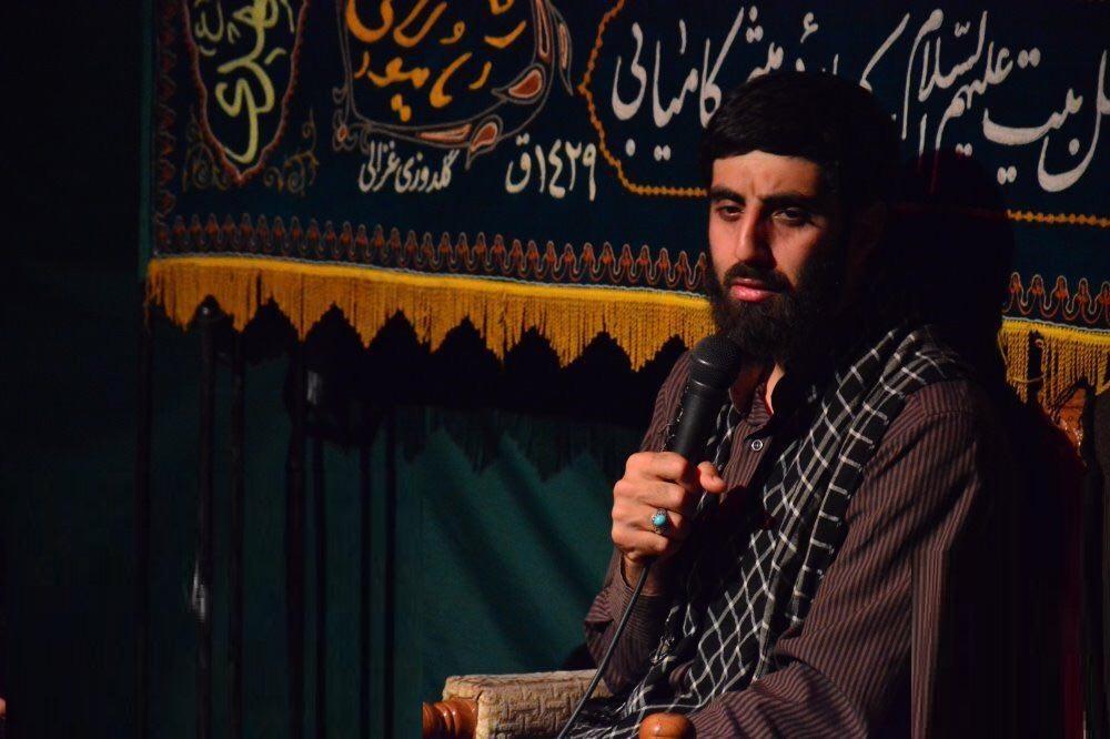 کلیپ مداحی سید رضا نریمانی و لحظات احساسی مدافعان حرم