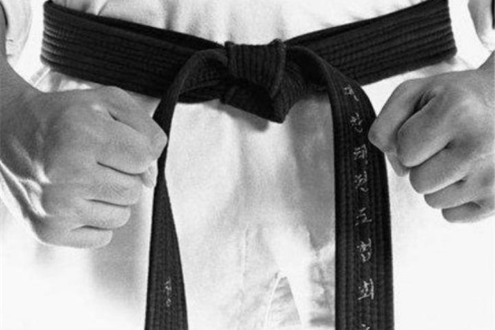 راهیابی بانوان کاراته کار برخوار به مسابقات آسیایی و جهانی