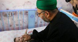 عیادت خادمان حرم حسینی از بیماران بیمارستان امام حسین(ع) اصفهان/تصاویر