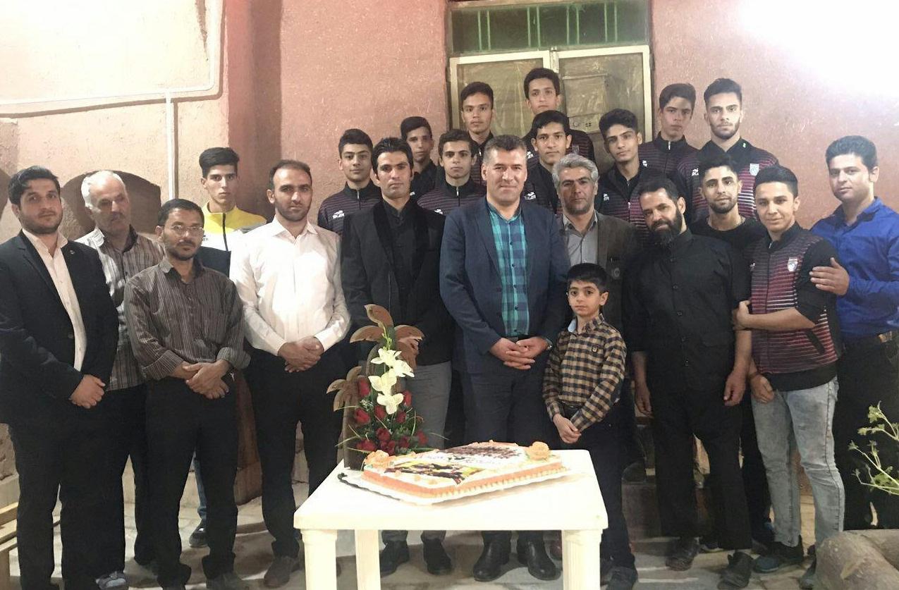 برگزاری ضیافت شبانه به پاس افتخار آفرینی نوجوانان کبدی برخوار