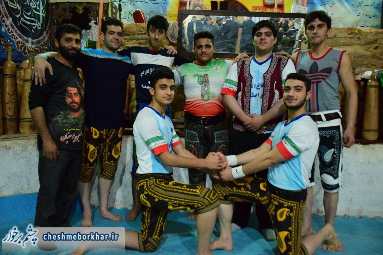 گردهمایی پهلوانان زورخانه ای استان اصفهان در شهر سین/ تصاویر