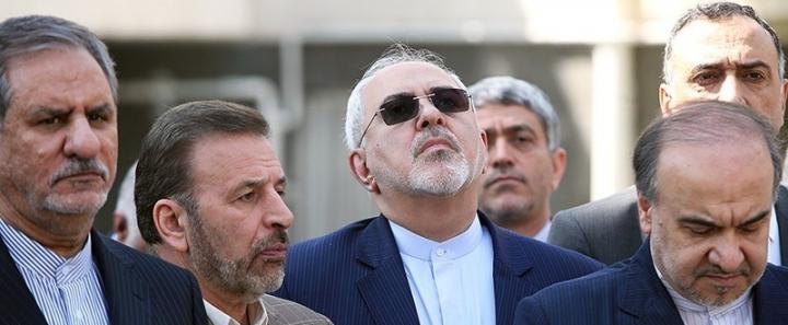 نامهنویسی وزرای پیر و خسته به رهبر انقلاب برای پذیرشFATF