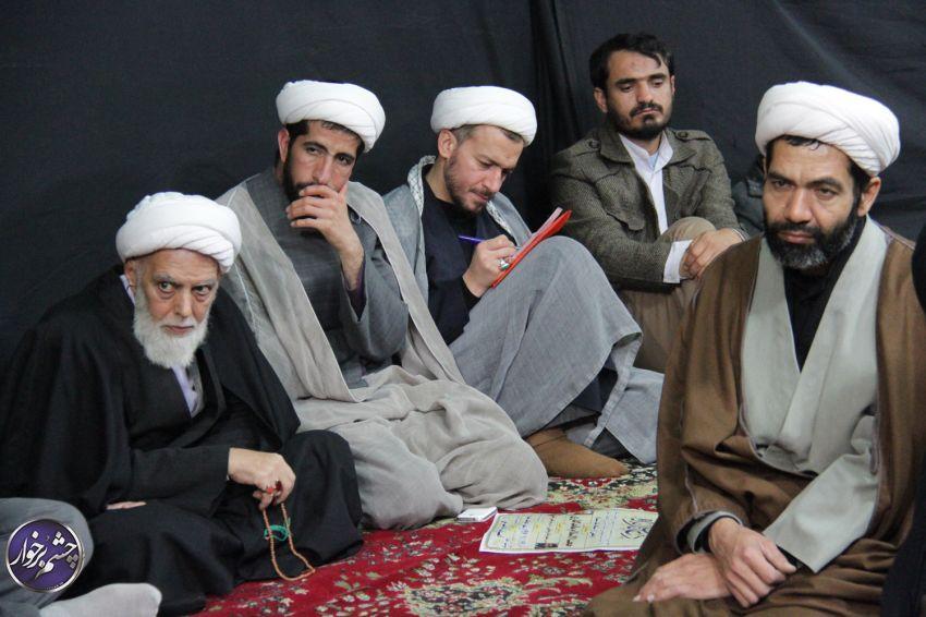 جلسه دهه فاطمیه روحانیت شهرستان برخوار در بیت ایت الله ناصری /تصاویر