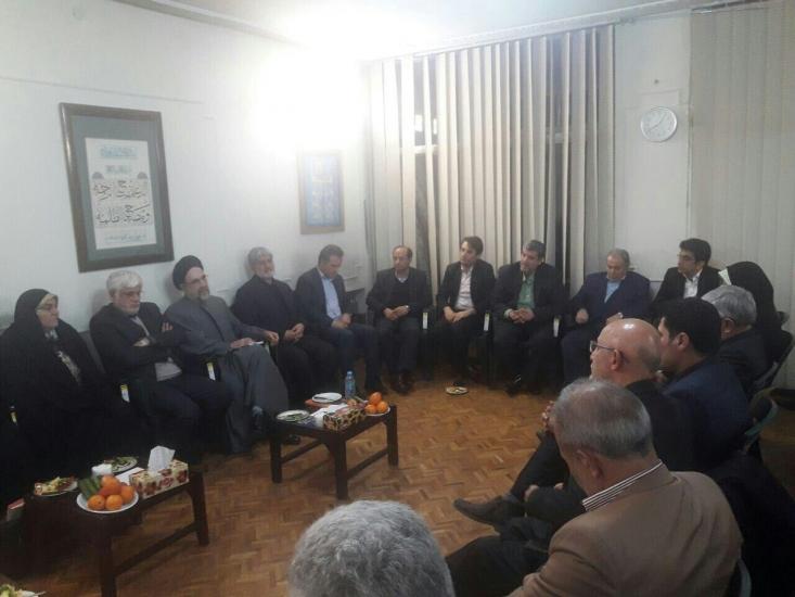 دیدار فراکسیون امید با محمد خاتمی/دورهمی عاملان گرانی