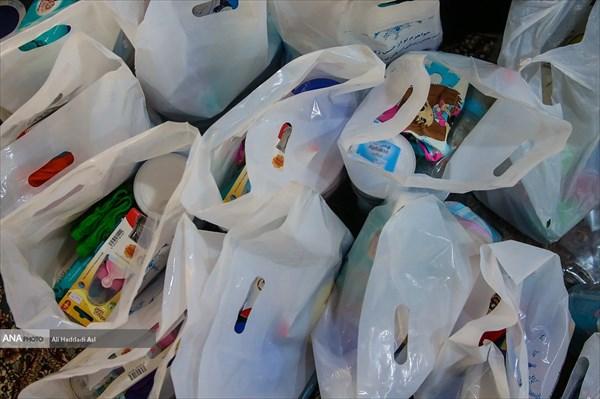ارسال کمک های دانشگاه آزاد دولت آباد به مناطق سیل زده/اختصاص حقوق یک روز کارکنان و اعضای هیات علمی دانشگاه به سیل زدگان