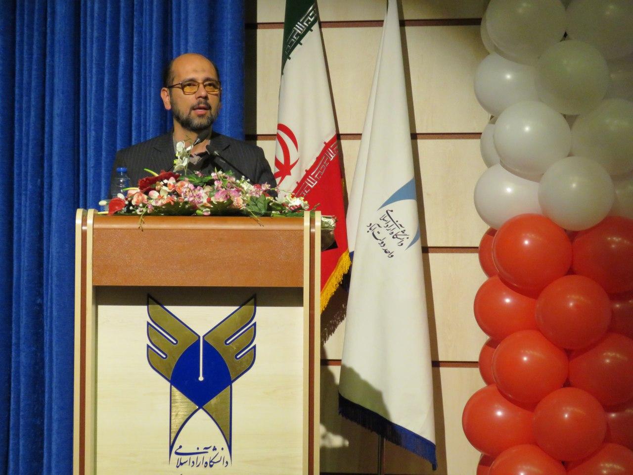 تصور وقوع جنگ نظامی ایران یا ساده انگاری بیش از حد است یا نفوذ نیروهای غربگرا