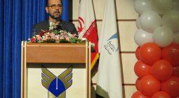 حوزه ها و دانشگاه ها، مهمترین مراکزی هستند که باید به موضوع سبک زندگی اسلامی ورود کنند