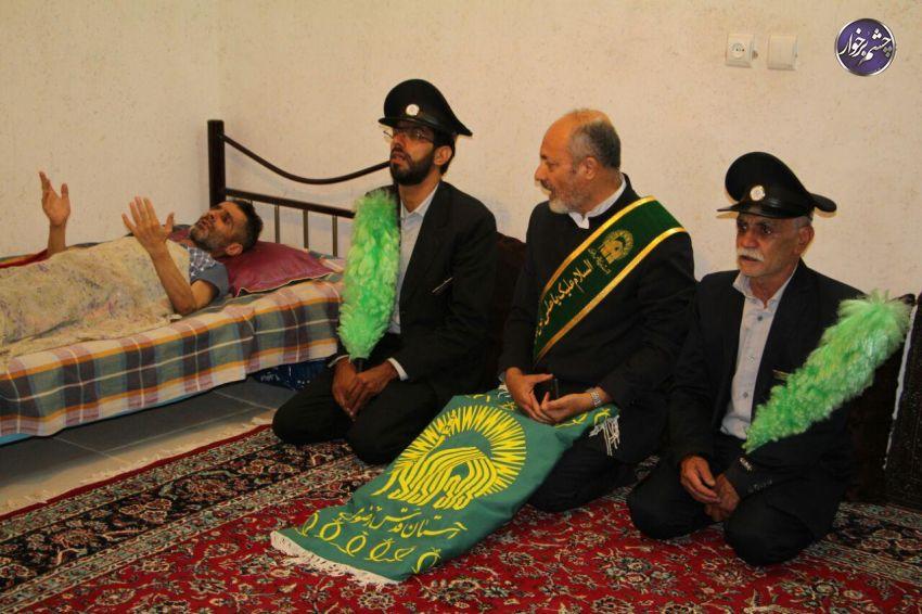 عیادت خادمین امام رضا(ع) از بیماران صعب العلاج در برخوار | تصاویر