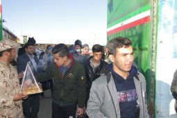 دانشآموزان پسر برخواری به مناطق عملیاتی دفاع مقدس اعزام شدند+تصاویر