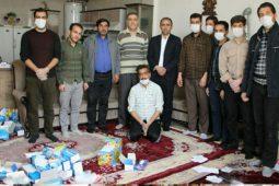 اهداء رایگان 4000 ماسک و بیش از 4 هزار دستکش به خانوارهای کربکند+تصاویر