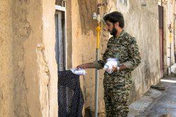 تصاویر   توزیع ۴ هزار بسته بهداشتی ضدکرونایی در شهر حبیب آباد