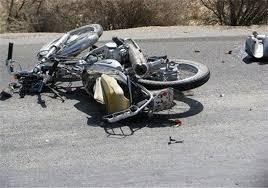 مرگ راکب موتورسیکلت در برخورد با سواری پژو