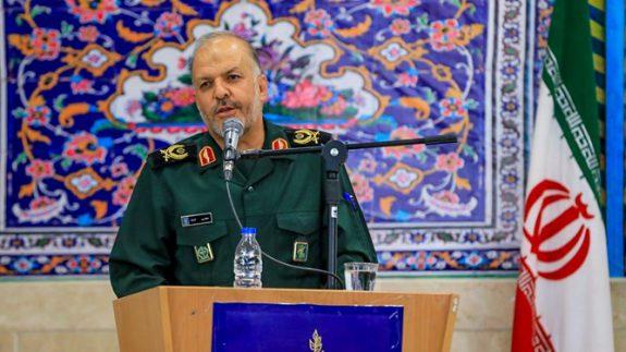 استکبار جهانی عامل اصلی تحریک صدام برای حمله به ایران بود
