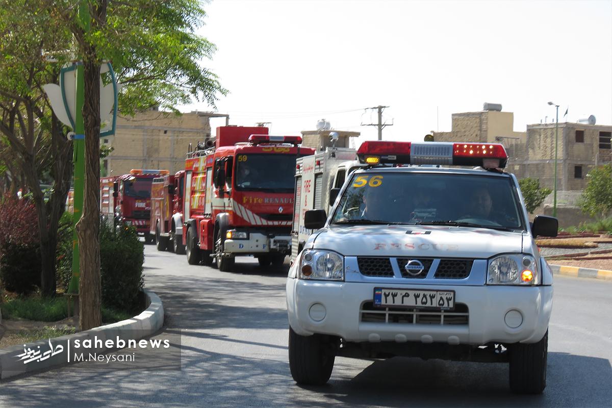 تصاویر   رژه خودرویی نیروهای آتش نشانی در دولت آباد
