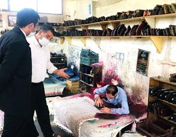 ملک پور خبرداد: پیاده سازی نظام آموزش دوگانه در بزرگترین کارگاه تولید سفره قلمکاری در شهرخورزوق